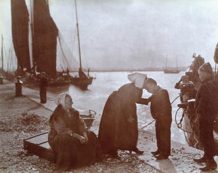 Quayside, c 1910.