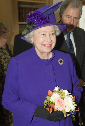 Her Majesty the Queen at the Smith Centre, Science Museum, London, 2006.
