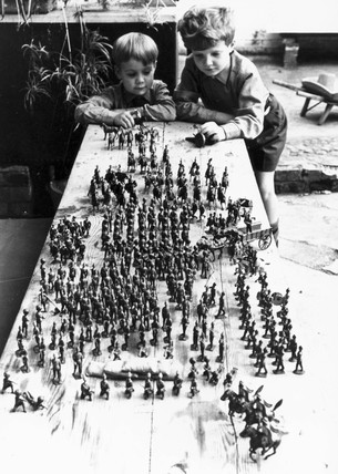 The toy armies, October 1966.