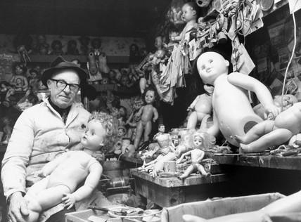 Dolls' hospital, 1980.