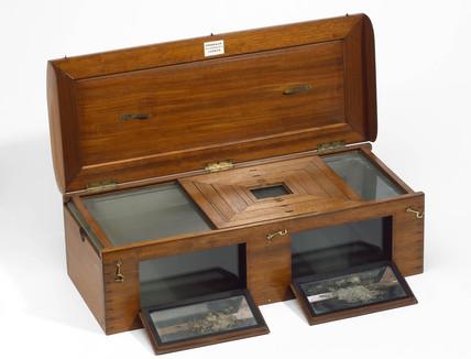 Daguerreotype sensitising box apparatus, 19th century.