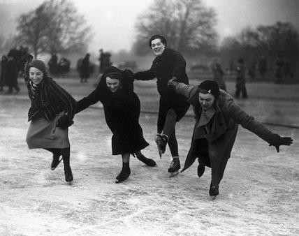 Novice ice skaters, 27 January 1933.