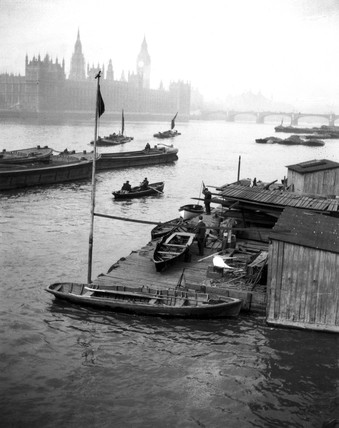 Fog over the River Thames, London, c 1920s.