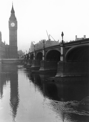 Westminster Bridge and the Houses of Parliament, London, c 1920s.