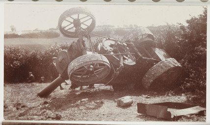 Overturned steam traction engine, c.1910 (NMeM / Kodak Collection / Science & Society)
