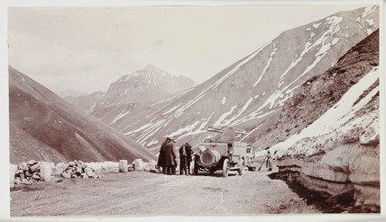 Lorries in the mountains of Georgia, 1913.