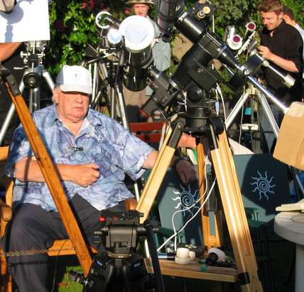 Astronomer Patrick Moore at Transit of Venus party, 8 June 2004.