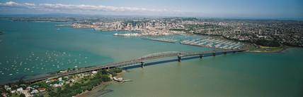 auckland harbour bridge, New Zealand, 1990.