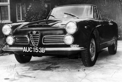 Alfa Romeo 2600 Spider, August 1964.