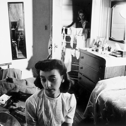 Boarding house bedroom, 1943.