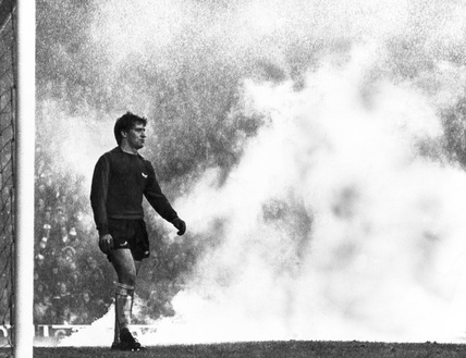 Smoke bomb on the pitch, 2 October 1978.