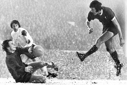 Colin Boulton saves a Toshack shot, 20 January 1973.