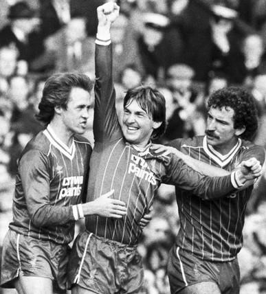 Kenny Dalglish scores a goal, 27 December 1982.