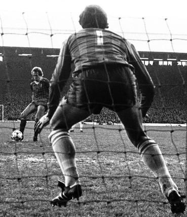 Liverpool v Spurs, 28 November 1982.