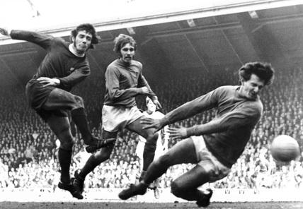 Kevin Keegan shoots, Anfield, 22 April 1972.