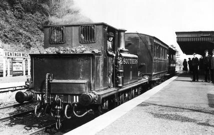 Terrier class steam train 'Newport', Ventnor West, England, c 1925.