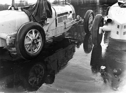 Two Bugatti Type 54 racing cars, Berlin, 1933.