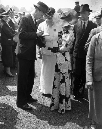 Fashions at the Royal Ascot Races, Berkshire, Gold Cup Day, 18 June 1936.