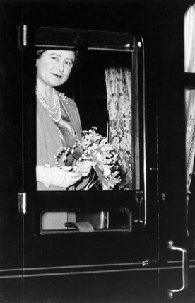 The Queen Mother on the Royal Train, Newcastle, 31 October 1956.