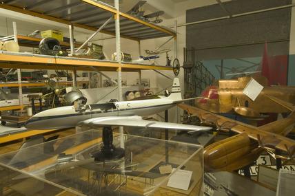 Comet I model aeroplane, Blythe House, Science Museum, London, 2007.