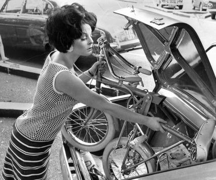 Folding Raleigh bike, July 1965.