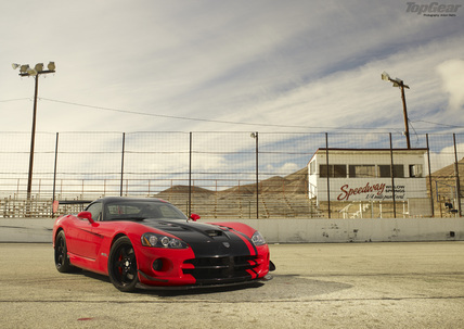Dodge Viper.