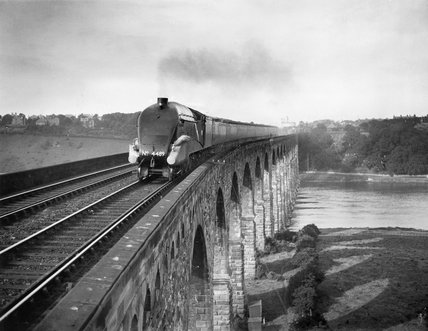 Coronation A4 Class steam locomotive crosses the Royal Border Bridge at Berwick-upon-Tweed, 1937.