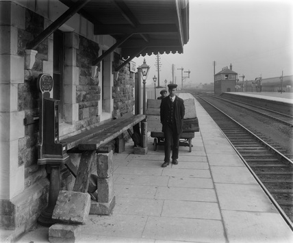 GWR Pyle Station, 1914