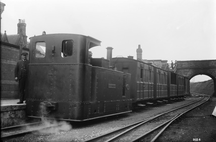 Glyn Valley Tramway, locomotive 'Denis' on a Train.