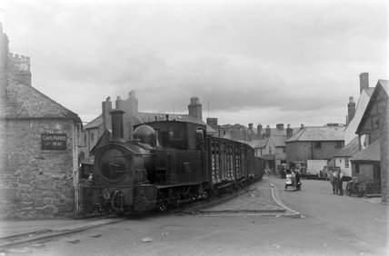 Welshpool and Llanfair Railway, locomotive no. 822. Welshpool, UK.