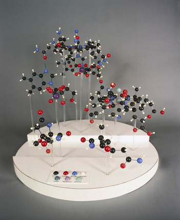 Molecular model of the structure of vitamin B12, 1957-1959.