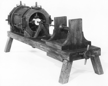 Model of a boring machine from a design by Leonardo Da Vinci.
