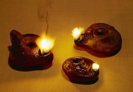 Oil lamps, 1st century BC-1st century AD
