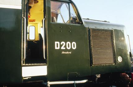 Diesel-electric locomotive, D200, Clas 40,