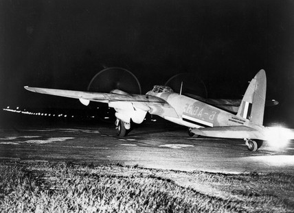 De Havilland Mosquito, August 1943. De Havi