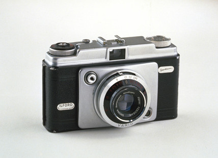 Ilford Sportsman Vario camera, c 1960.