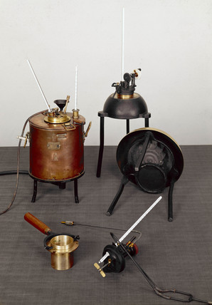 Flash-point apparatus, c 1870s.