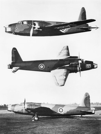 Vickers-Armstrong Wellington bomber L4212, 1938.