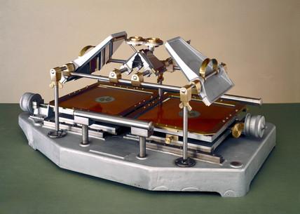 Prototype grid stereometer, 1948.