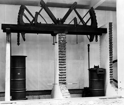 Remains of Cornish pumping engine, 1777.