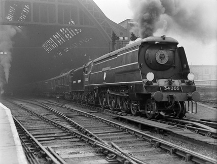 Southern Railway (S.R.) West Country Pacific no. 34005 at St. Pancras. (P. Ransome Wallis, PRW_3409).