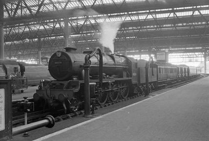 London Midland Scotland (LMS) class 6P 4-6-0 no. 46154.