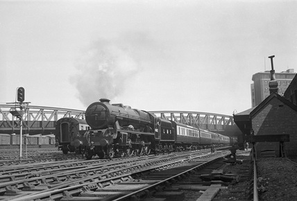 London Midland Scotland (LMS) class 6P 4-6-0 no. 46162 at Paddington, 19th May 1948. (CCB Herbert, M_4839).