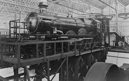 Great Western (GWR) 4-6-0 Castle Class locomotive no. 4074 'Caldicot Castle' at testing plant. (NRM, NRM_628/81).