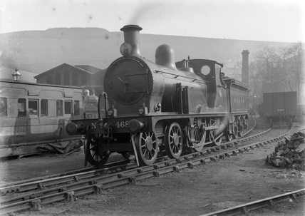 London Chatham and Dover Railway (LCDR) 4-4-0 locomotive no. 462 class M3.