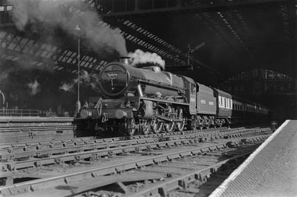 4.50pm train to Bradford. Locomotive 45694 leaving St Pancras, 25th August 1948. (E. D. Bruton, EDB_5171).