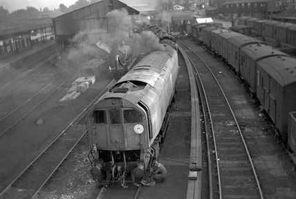 Bulleid Leader class locomotive 36001.