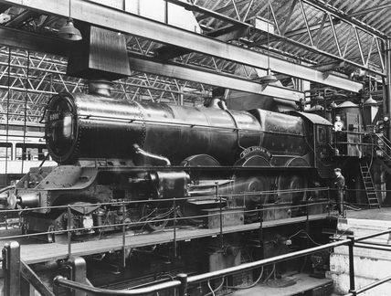 Testing 'King Edward VII' locomotive at the Locomotive Testing Plant, Swindon. (NRM, NRM_1477/85).