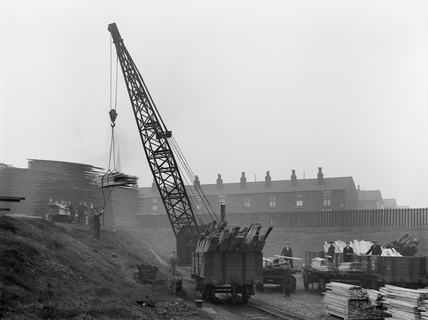 Bolton Halliwell goods crane loading timber, 8th February 1932. Horwich, HOR_F_5291