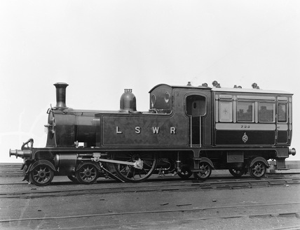 London and South Western Railway (L&SWR) Dugald Drummond's inspection coach no. 733. (Clapham, 1817/52).